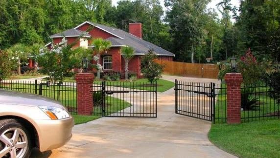 cổng tự động thay thế cổng truyền thống