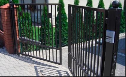 Độc đáo với ngôi nhà có cổng tự động