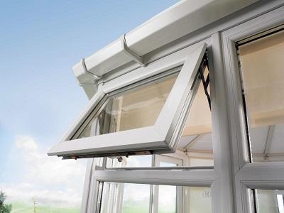 Cửa sổ tự động tránh mưa bão