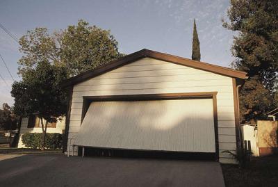 Cung cấp và lắp đặt các loại cửa nâng garage