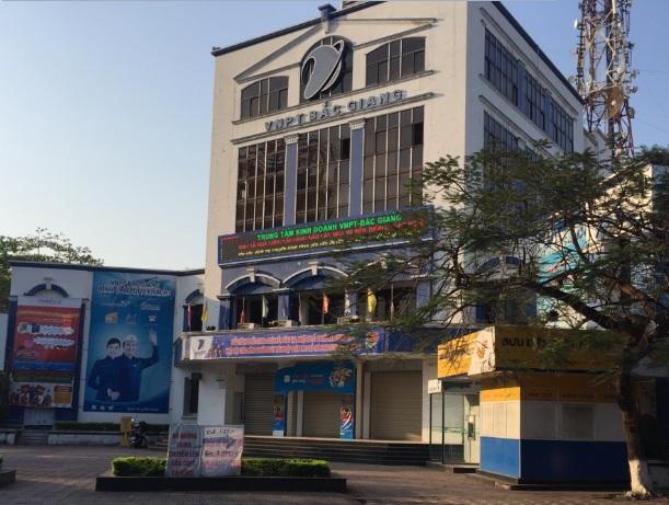 Lắp đặt cửa tự động tại Bắc Giang