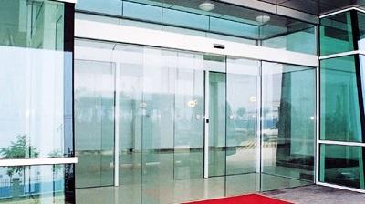 Nguyên nhân cửa tự động phổ biến tại sân bay