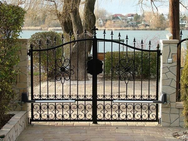 Những tính năng siêu bất ngờ, cấp thiết của cổng cửa tự động