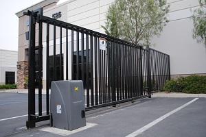 So với cổng truyền thống thì cổng tự động mang lại những tiện ích gì