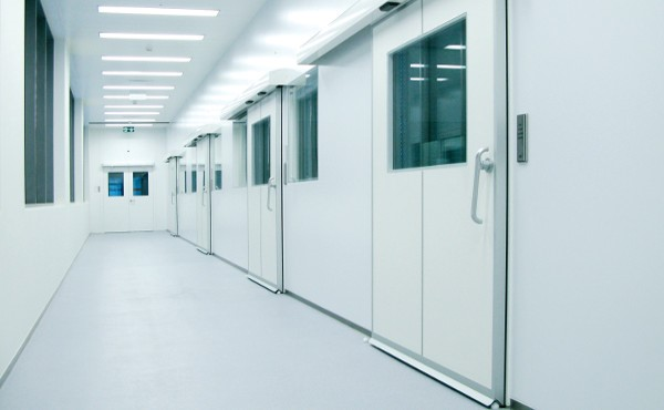Sự cần thiết của cửa phòng mổ bệnh viện