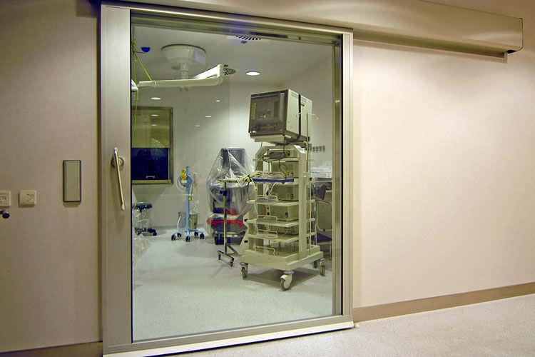 Thi công lắp đặt sửa chữa cửa chì bệnh viện chuyên nghiệp
